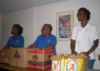 Rita, Pearl & Audrey at shelter 6-28-08